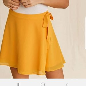 Forever 21 Yellow Mini Wrap Skirt Size Lg